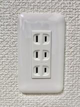 福岡市【コンセントの増設】プロの電気工事士が直接施工で安心!◎損害保険加入済み