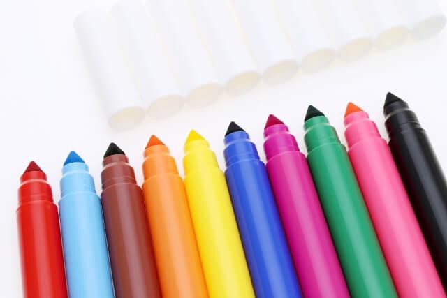 【油性ペンの落とし方】油性ペンが付いたら落ちない!?
