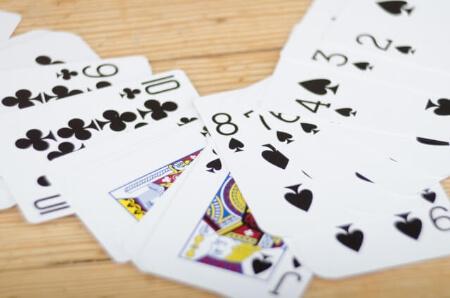 簡単手品5:手品の王道!簡単なトランプマジック