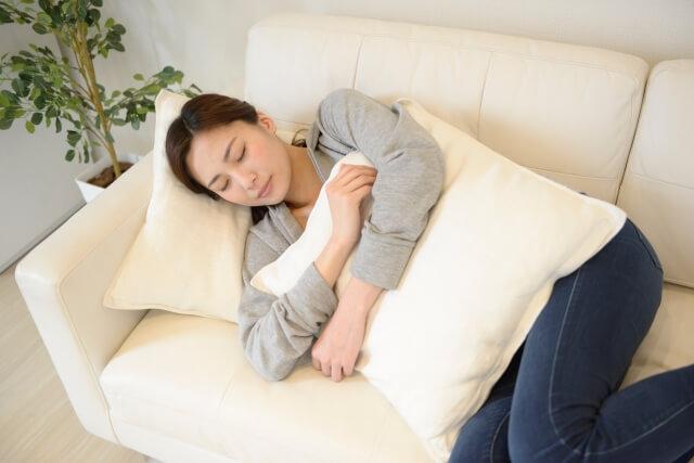 【マッサージで頭痛を改善】片頭痛に効果的な方法