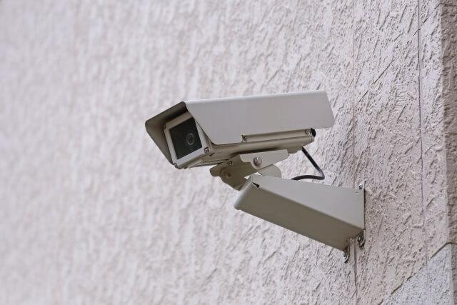 防犯カメラの種類は大きくわけて2つある