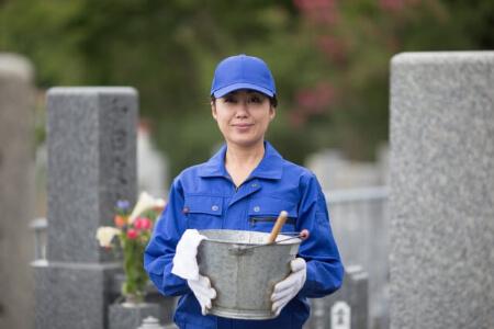 【お墓の掃除】お墓をキレイに保つ3つのコツを知ろう!