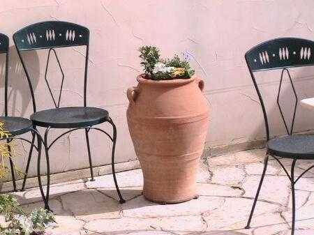 【テラコッタ鉢】テラコッタ鉢を使う時の3つの注意点