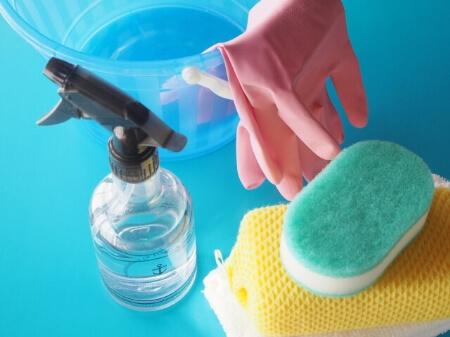 【曇りガラス】曇りガラスの掃除に必要な掃除道具を揃えよう!