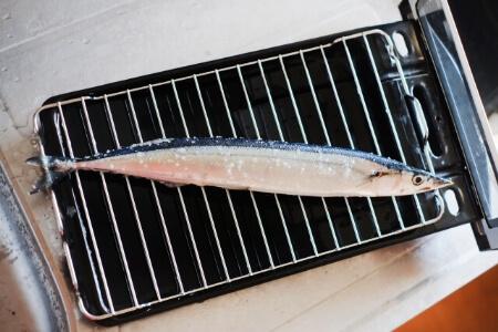 なんで魚焼きグリルが汚れるの?汚れる原因は2つある