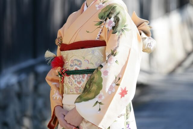 【着物の種類】場所にふさわしい着物の種類を選んで美しい装いしよう!