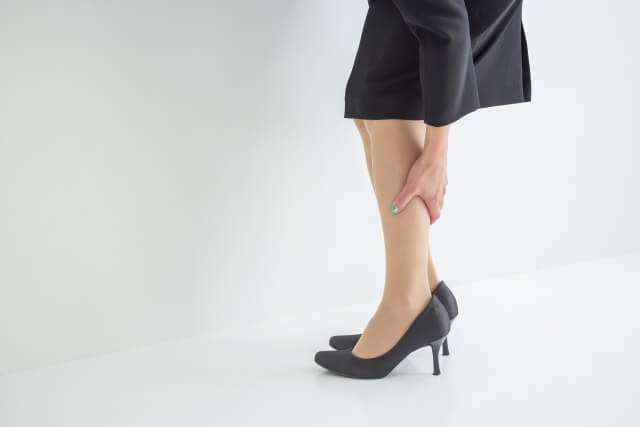 マッサージで足のむくみがスッキリ!簡単マッサージとむくみを解消&予防する生活習慣