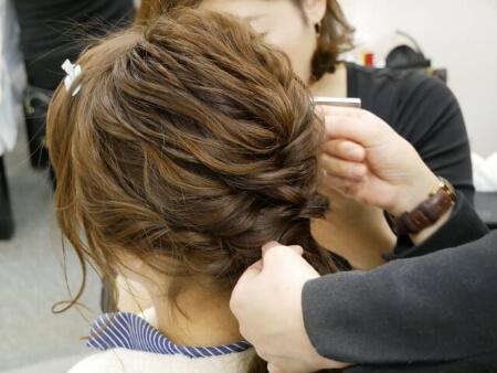 【袴に似合う髪型】袴に合う「ミディアムヘア」の4つのアレンジ