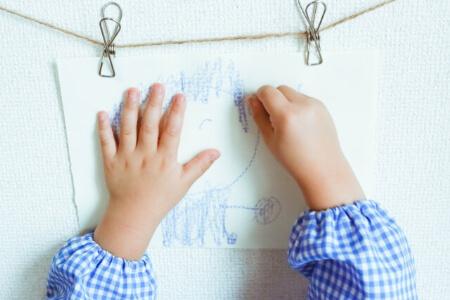 【壁紙の補修】壁紙の軽度な傷を補修する便利な4つの道具