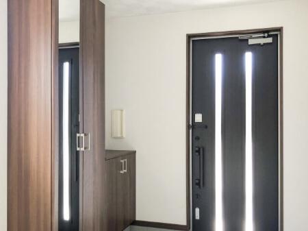 玄関網戸を取り付ける時の注意点
