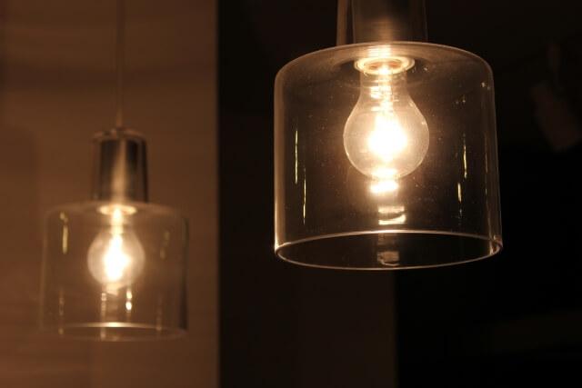 ペンダント照明に使われる電球の種類と特徴