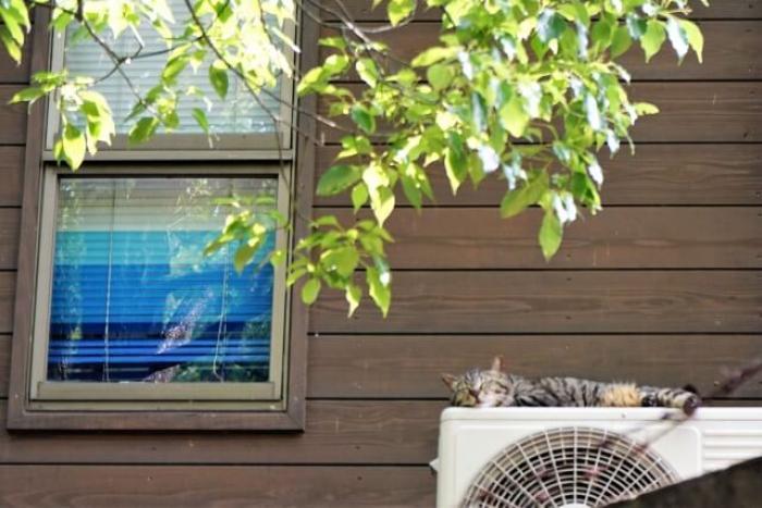 【エアコンの室外機】効きが悪いのはエアコンの室外機が原因かも!?