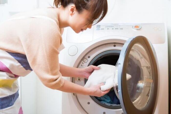 アクリル素材の服はどう洗ってる?正しいアクリルの洗い方と干し方
