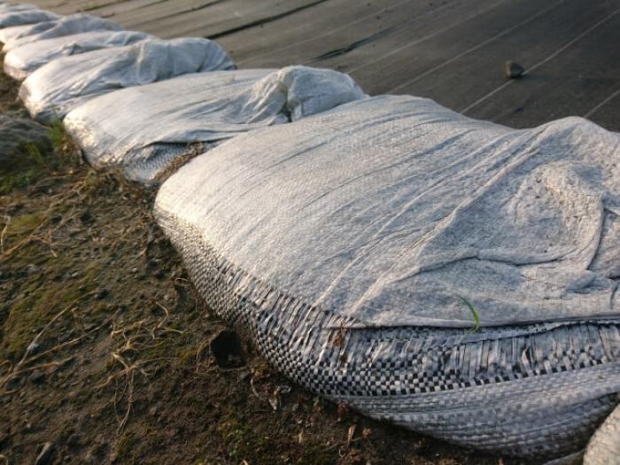 土嚢の作り方と効果的な積み方!豪雨に備える浸水対策は土嚢でしよう
