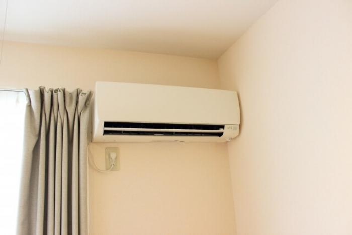 【エアコンの移設】業者にエアコンの移設を依頼する料金相場を紹介