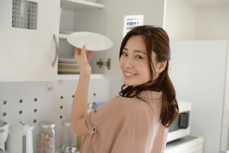 使いやすい食器棚を目指そう!収納する時のポイント