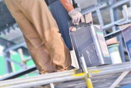 屋根塗装を業者に依頼する時のポイント