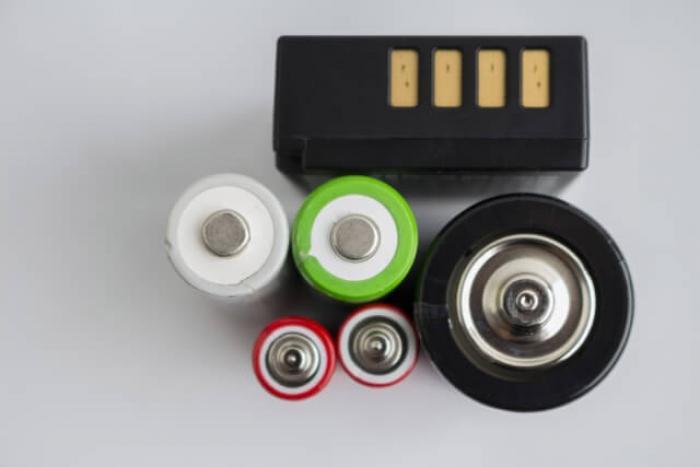 【電池の廃棄方法】正しいルールを知ってから電池を廃棄しよう!