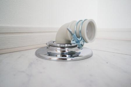【洗濯機が臭い】下水臭い時は排水トラップを掃除すれば解決する!