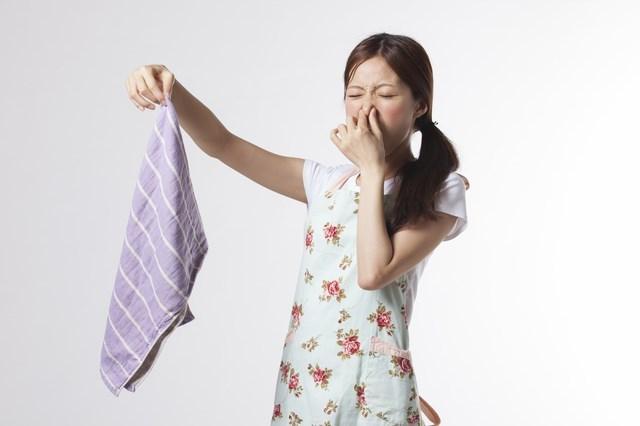 洗濯機の臭いはこれで解決!洗濯機の生乾きやカビ臭い時の解決法まとめ