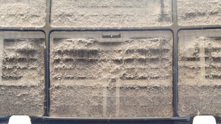 【エアコンフィルター】エアコンフィルターが汚れる原因は埃だった!