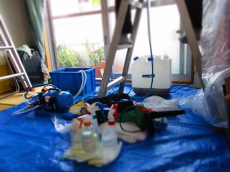 【エアコンの洗浄】エアコン業者の使う洗剤は洗浄力がスゴイ!
