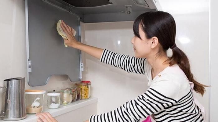 【換気扇の油汚れ】換気扇の油汚れ(ベトベト)を掃除する方法のまとめ