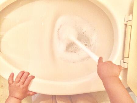 トイレ掃除に使うクエン酸の代用でお酢が使える!