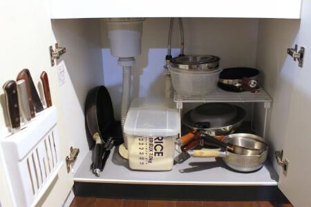 キッチンのシンク下・コンロ下の収納術
