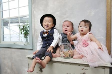 家族写真の服装はフォーマルとカジュアルどっちが正解?