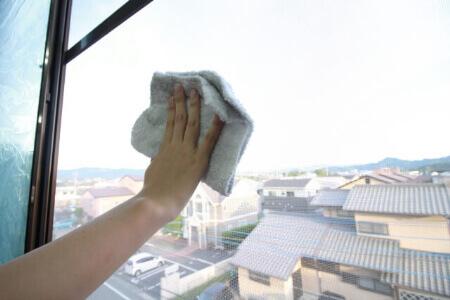 【網戸の掃除】網戸の掃除頻度は半年に1度が理想です!