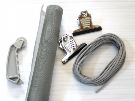 網戸を取付け方法がわかれば網戸を修理できるグッズを紹介