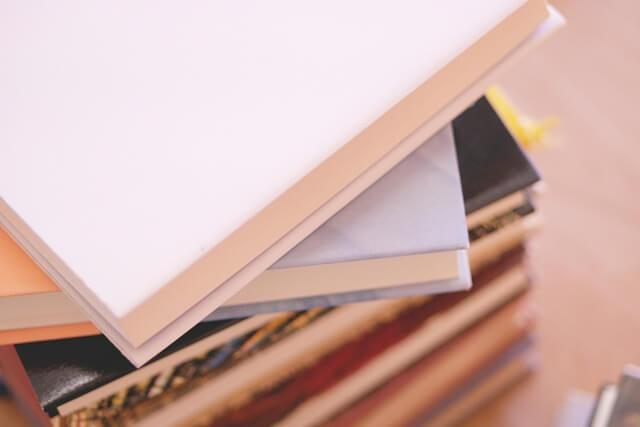 【本の片付け】誰でもできる本の片付け方法(雑誌・漫画・文庫本)