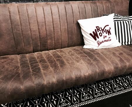 【ソファーのお手入れ】本革ソファーのお手入れ方法