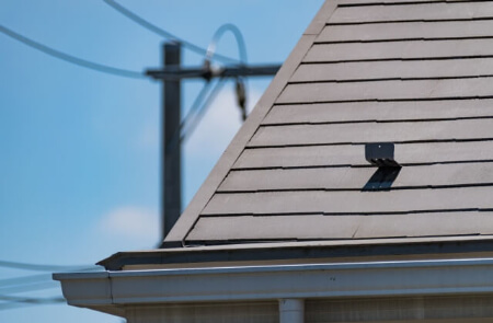 屋根修理のカバー工法について注意する