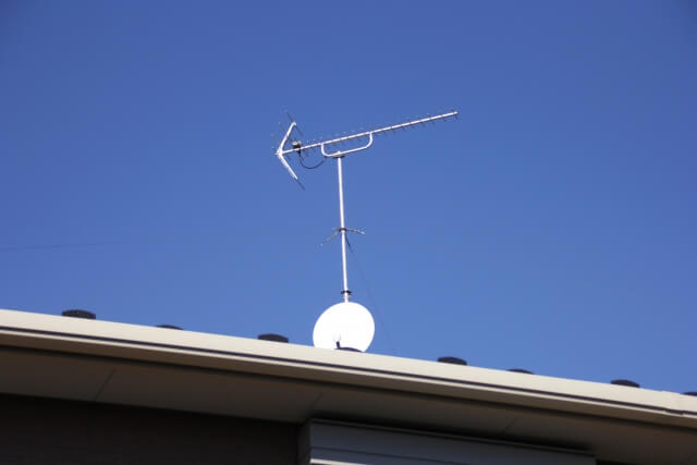 【アンテナ取り付け】プロが教える!自分でアンテナの取り付ける方法と3つの注意点
