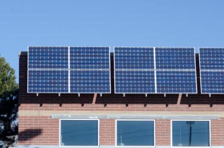 屋上の工事の知識「太陽光発電システムを付ける時の注意点」
