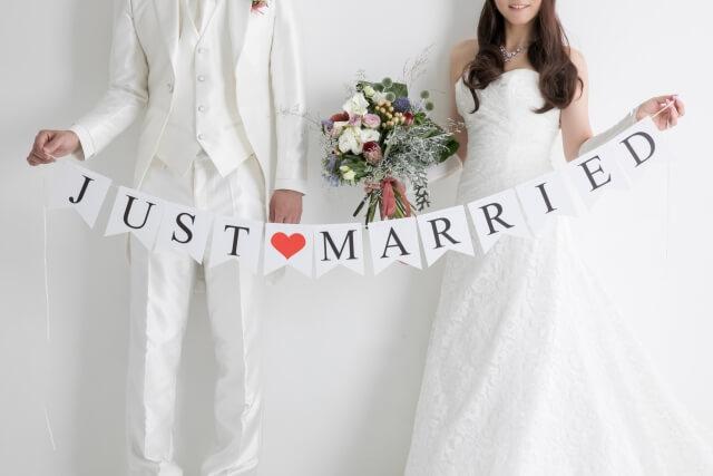 【結婚式の写真撮影で後悔しないための知識】結婚式の写真撮影の方法と費用を抑えるコツ