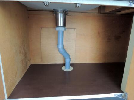 洗面所の収納は空いたスペースを有効利用