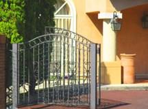エクステリア門扉は家の表情を決める!エクステリア門扉の選び方と設置費用