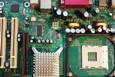 【マザーボード交換】パソコンが故障した時のマザーボードの交換方法と費用