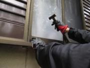 【窓の防犯対策】空き巣に侵入を諦めさせる窓の防犯対策とおすすめグッズ