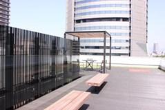 屋上の防水工事はいくらかかる?屋上の防水工事の施工方法と業者の選び方