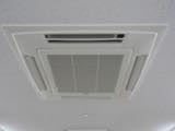 エアコンを傷つけない洗剤を使用しています!【天井埋込・業務用エアコン】 shop326