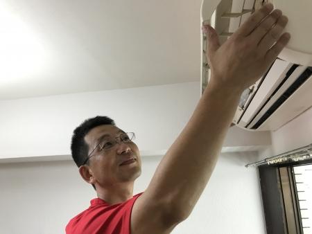 【地域密着】エコ洗剤使用でエアコン洗浄!2台目割り有ります。