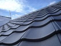 セメント瓦の屋根塗装、実績豊富な職人にお任せください。