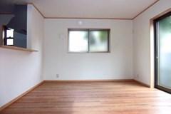 引っ越す前や入居時に!戸建て空き室のクリーニングはお任せください!