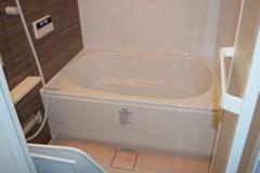 《非喫煙者がお伺い》お風呂(浴室)クリーニングサービス