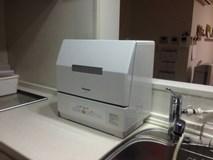 素早く丁寧に!卓上タイプ食洗機の取り付けはおまかせ!
