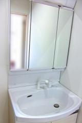 水周りのお掃除お任せ下さい!お得な水周り2点セット(トイレ・洗面所)